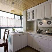 复式楼简约厨房装饰