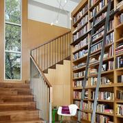 原木浅色大型书房设计