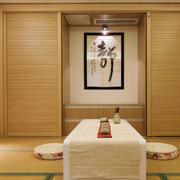 复式楼日式原木榻榻米装饰