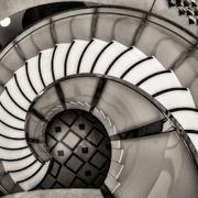 大型别墅气派螺旋式楼梯