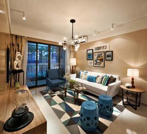 别墅混搭风格客厅背景墙装饰