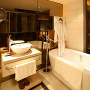 复式楼小型奢华卫生间装饰