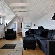 后现代风格深色系隔离沙发装饰
