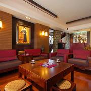 中式风格客厅桌椅装饰