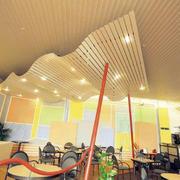 大型餐厅创意吊顶装饰