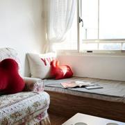 现代家装客厅榻榻米装饰