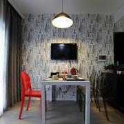 小户型公寓客厅飘窗装饰