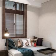 小户型简约客厅多功能沙发装饰