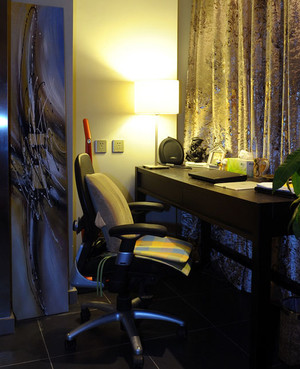 180平米黑白现代风温馨家庭双拼别墅装修效果图