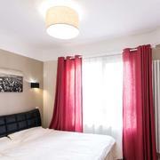 120平米房屋卧室飘窗装饰