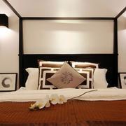 复式楼简约卧室床头灯饰