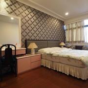 三室一厅欧式简约卧室装饰