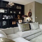 两层房屋客厅沙发装饰