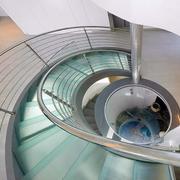 大型公共场所旋转楼梯效果图