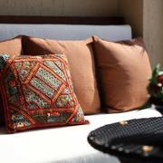 三室一厅简约沙发装饰