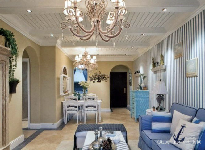 不一样的吊顶:地中海清爽简约的客厅吊顶装修效果图