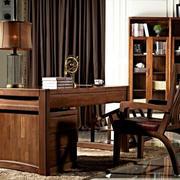 书房简约原木家具装饰