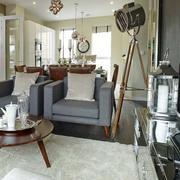 两层房屋客厅茶几装饰