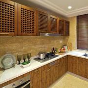 现代原木深色厨房设计