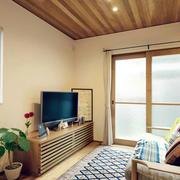 小户型日式客厅电视柜装饰