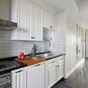 三室一厅欧式厨房设计