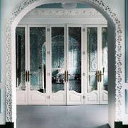 冰蓝色欧式别墅客厅拱形门设计