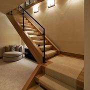 简欧风格别墅楼梯设计