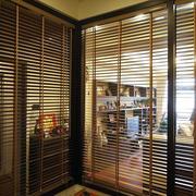 三室一厅简约原木隔断设计