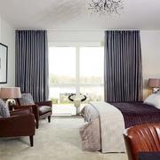 两层房屋卧室飘窗设计