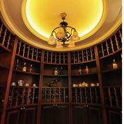 大型酒窖圆形吊顶设计