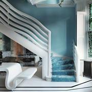 别墅白色系客厅楼梯设计