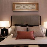 三室一厅卧室床头背景墙设计