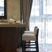 美式别墅客厅吧台装饰