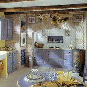 简约浅紫色厨房装饰