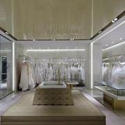 简约风格婚纱店货架设计