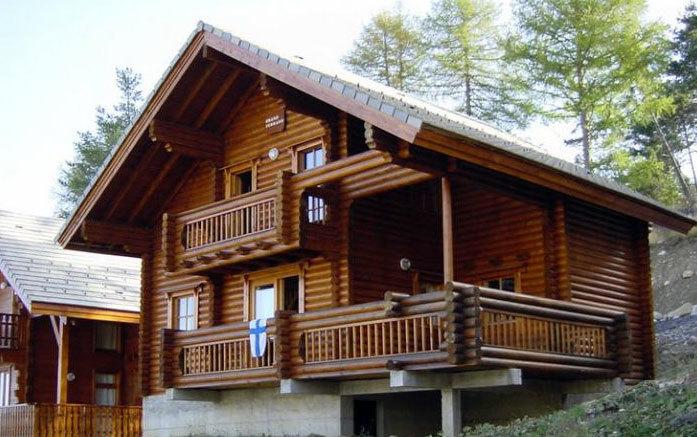 高大宏伟的木屋别墅效果图片