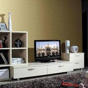 客厅低矮白色电视柜设计