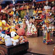 混搭风格玩具礼品店装饰