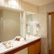 卫生间简欧风格瓷砖装饰