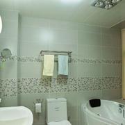 现代简约风格卫生间墙饰装饰