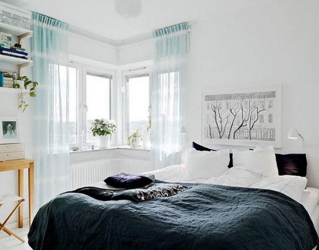 30平米阳光明媚飘逸大方的卧室装修效果图
