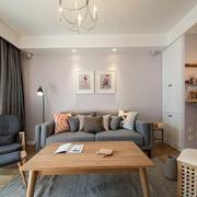 日式简约风格客厅原木桌椅装饰