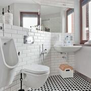 简约风格阁楼卫生间马桶装饰