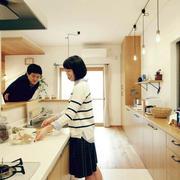日式原木厨房效果图