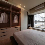 婚房卧室小型衣柜装饰