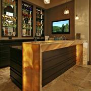 复式楼酒柜吧台装饰