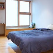 简约风格卧室置物架装饰
