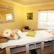 东南亚风格美容院spa床