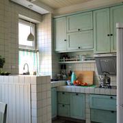 浅绿色厨房效果图