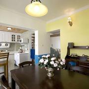 婚房简约深色餐厅桌椅设计